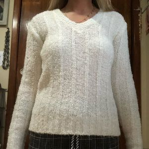 Sweaters - Vintage white sweater